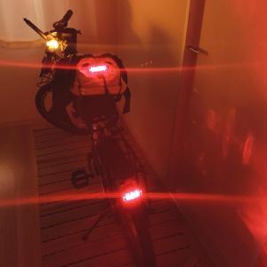 テールライト3つでどうだ!?自転車のトンネル対策