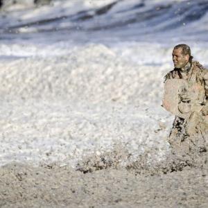 波の花に「雪崩のように」のみ込まれ…オランダでサーファー5人死亡  スヘベニンゲン(Scheveningen)沖で発生  [首都圏の虎★]