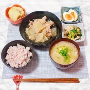 豚バラ肉と大根の生姜煮