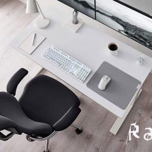 真っ白な Razer Pro Click ワイヤレス マウスは見た目がクール、汚れるので毎日磨こう!