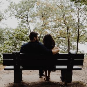 【恋愛】誰でもできる上手な頼り方とは?「相談」のポイントと注意点