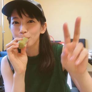 【芸能】吉岡里帆アイスを食べる不意打ちショットに「可愛い笑顔」と絶賛の声