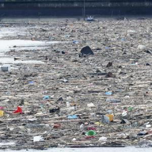 熊本県沖に大量の「漂流ごみ」、九州北部豪雨時の4倍超 [爆笑ゴリラ★]