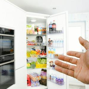 【冷蔵庫】家電量販店の店員ヒアリングまとめ。【家族3~4人用(400Lクラス)】