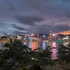 [香港の風景」今の香港百万ドルの夜景…