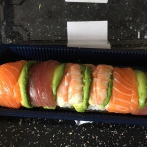 寿司を食べるまでは平和だった