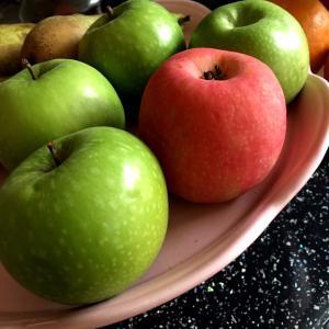 リンゴ可愛や