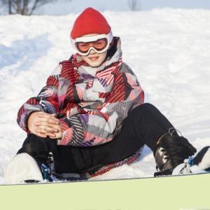 子供のスノーボードはどれくらい?ビンディングの角度とスタンスの幅