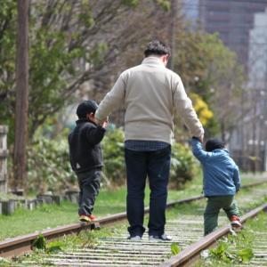 新幹線に子供を2人連れて乗る場合|料金から指定席の選び方まで調べてみました