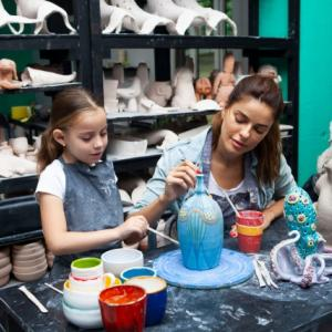 習い事に絵画を!子供に習わせるメリットや教室選びのポイント等、人気の絵画教室について解説