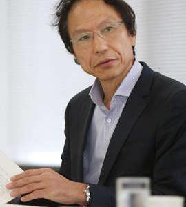 日本に民主主義が存在するのか、今、世界に問われている