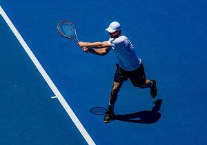 第38回 テニスのサーブと野球の球どちらが速いか?