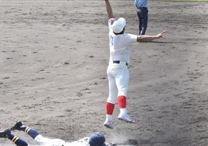 第64回 一塁手がジャンプ捕球すると、どれいくらセーフになりやすいのか?