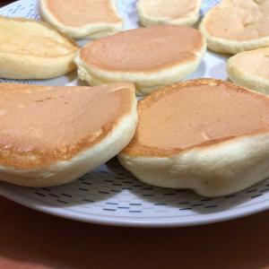 【ごはん】ふわふわパンケーキとシフォンケーキ