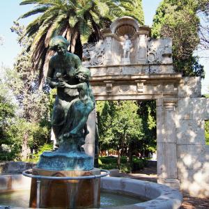 バレンシアの美しい公園、Jardins del Realはネコの楽園だった!
