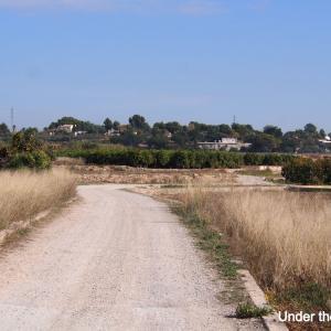 メトロ・バレンシアでサイクリング:ハプニングも、Lliriaからキュートなお城のあるBenisarloへ!