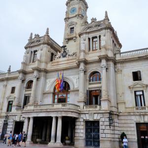 観光におすすめ:とっても豪華、スペイン・バレンシア市庁舎見学!