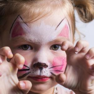 知恵のついた3歳児と片付けとの戦い【お姉ちゃんは校則違反?】