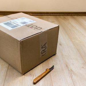 海外の郵便局で宅配便を手配する時の英語フレーズ紹介!海外から発送するときの英語で何て言う?