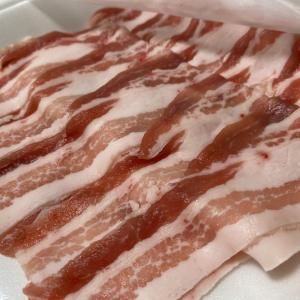 豚バラ薄切り肉を茹でるだけでポッサム食べた気になれる。美味しいぞ。