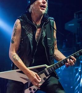 【Michael Schenker Group】Attack Of The Mad Axeman