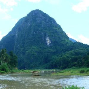 フィリピン紀行 古里を遠く離れ 異国の山河で古里を懐かしむ