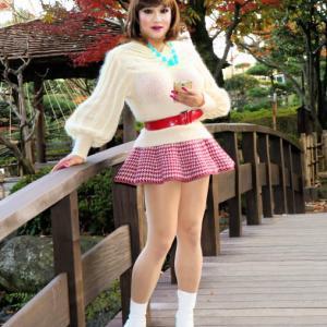 【留美子讃歌 15】とてもチャーミングなミニスカスタイル