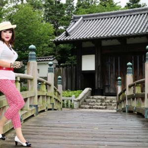 【留美子讃歌 11】パンツルックで、埼玉・行田市の忍城を訪問