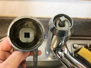 【広島市中区平野町】台所シャワー水栓交換