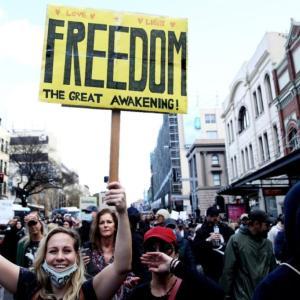オーストラリア シドニーやメルボルンで封鎖反対運動が勃発