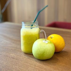100%ジュースクレンズは水分を多く含むフルーツと一緒に♪