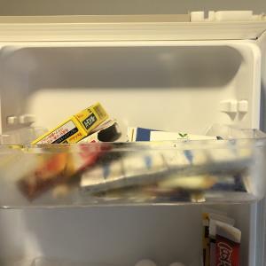 冷蔵庫ドアポケットの上の方の片づけ_before/after