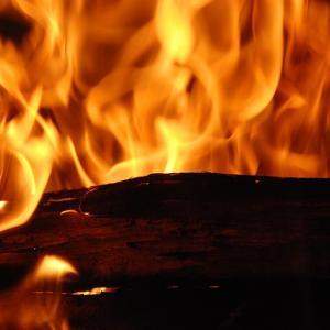 【炎上】『ポリコレ』ソニーがカスタムテーマを無料配信!『黒人の命が大事!』と公言し波紋を呼んでいる・・・・・・(14年前の再来か……)