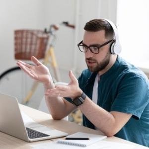 テレワークに即レスは必要?在宅勤務のコミュニケーション最適化が課題に