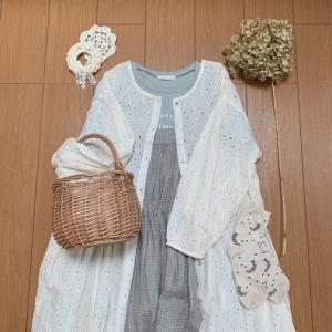 ナチュラルコーデ*花を編む
