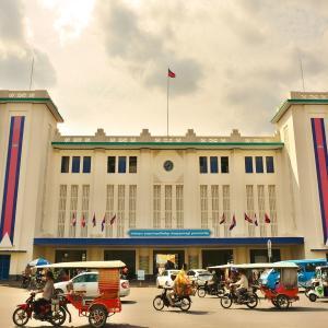 「プノンペンロイヤル駅 Roya Raiway Station(モニボン駅)」~カンボジアにも鉄道が走っていますが。。。