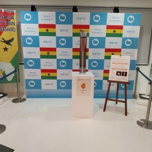 東京2020パラリンピックの聖火用リレー用トーチの展示