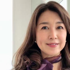 今日の美人さん|横浜のrieさんは50代がお手本としたい大人の女性