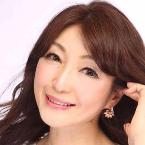 折戸知子さんは6月10日で59歳になられた「オトナの女磨き塾」主宰者|今日の美人さん