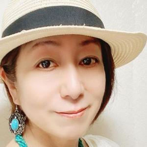 横浜の遠藤聖子さんはお孫さんが「小さな恋人」のファッションデザイナー|今日の美人さん