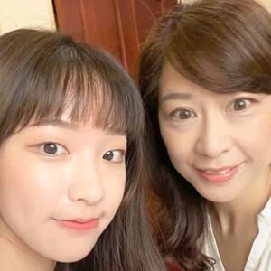 台湾在住25年のMariさんは国際結婚。高校の日本語教師で大学生の娘さんのママ|今日の美人さん
