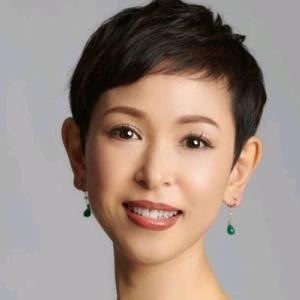 アラフィフ世代の荻原由美子さんは「笑顔は美声と美ボディを作る」整体師|今日の美人さん