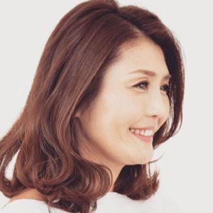 大塚弘子さんは15歳の娘さんのママで青山・表参道の美容サロンの経営者|今日の美人さん