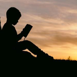 本を早く読むための読書術