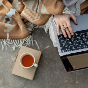 【webライティングとブログ①】副業として成り立つのか。やってみた。