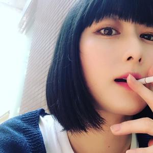【衝撃】鳥居みゆき 喫煙ショットを公開「肌が綺麗」wwww