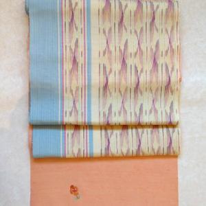 薔薇刺繍の付下げに関史子さんの帯。 着物でご来店で500円券プレゼント!
