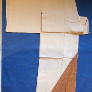 仕立上がり白鷹お召 & 刺繍入り羽織。