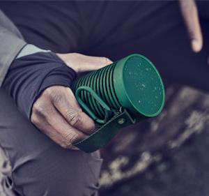 バング&オルフセンの防水Bluetoothスピーカーは堅牢性と高音質!