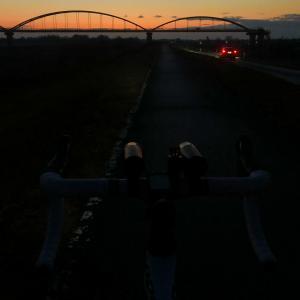 【雨で3日ぶりのロードバイク】連続走行日数73日で途切れたけどロードバイクの楽しさを再認識できた朝